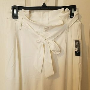 f19d7c5b7726 New Look Pants - NWT White Wide Leg Dress Pants with Tie Waist
